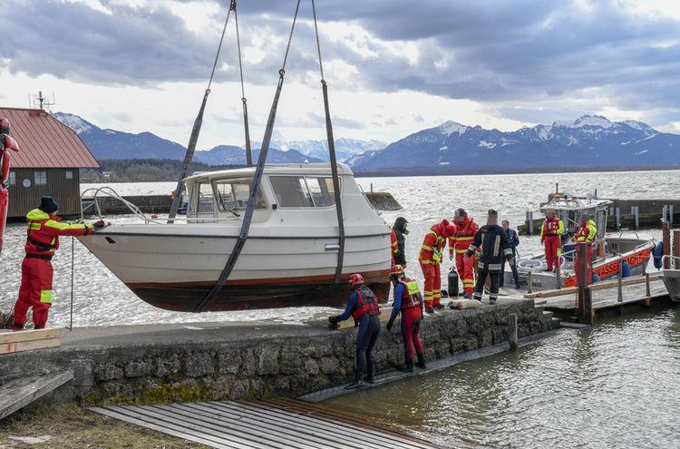 06032019 Motorboot Chiemsee Polizei Oberbayern Sued