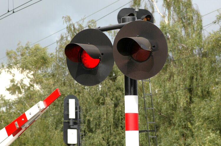 180626 Bahnschranke Symbolbild