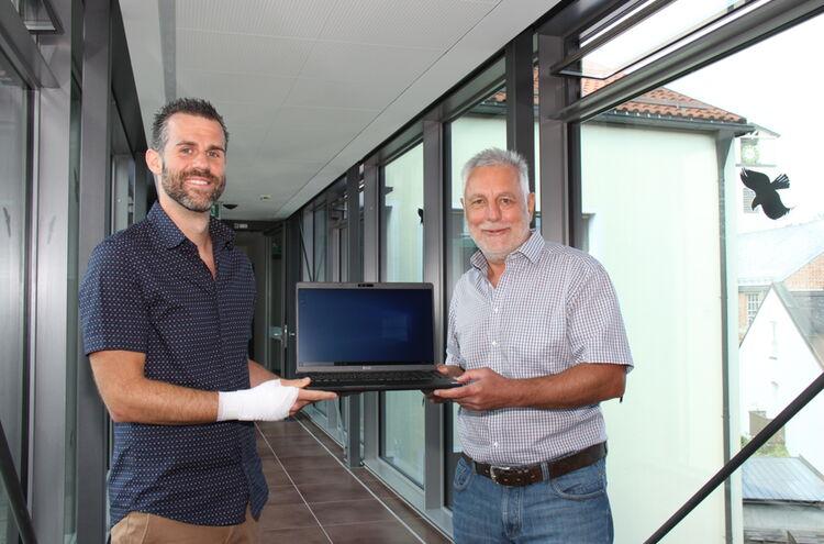 2020 Uebergabe Laptop An Die Mittelschule 2 1