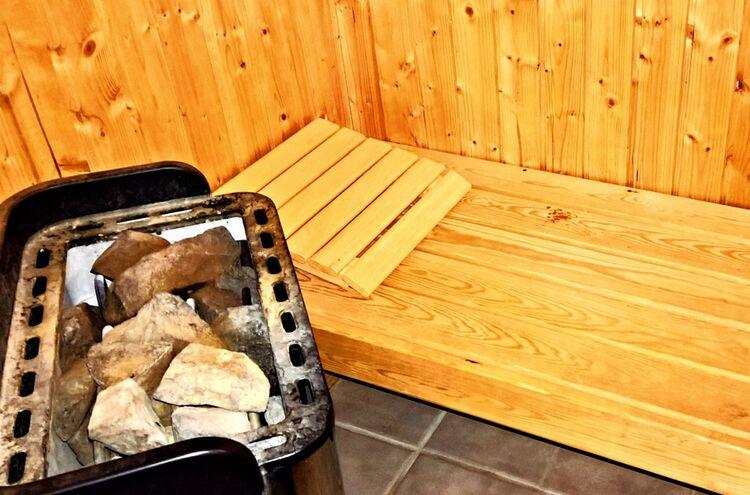 25092018 Sauna Symbolbild