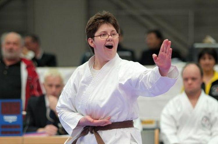 Andrea Nowak Karate Neu 1