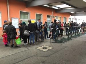 flüchtlinge_bhf_freilassing