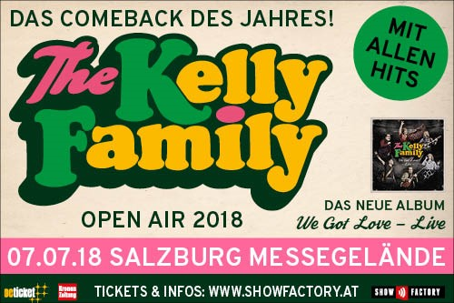 Banner Kelly Family