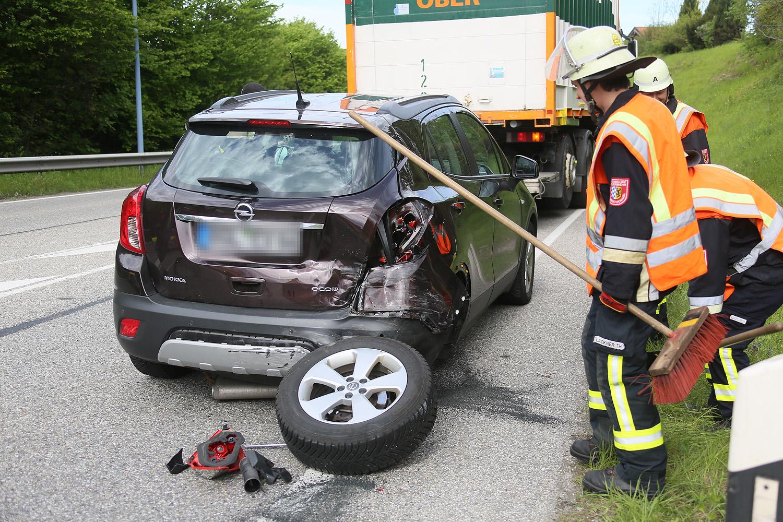 Schwerer Verkehrsunfall auf der B20