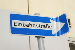 einbahnstrasee_schild
