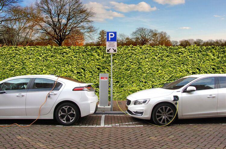 Elektro Auto 1