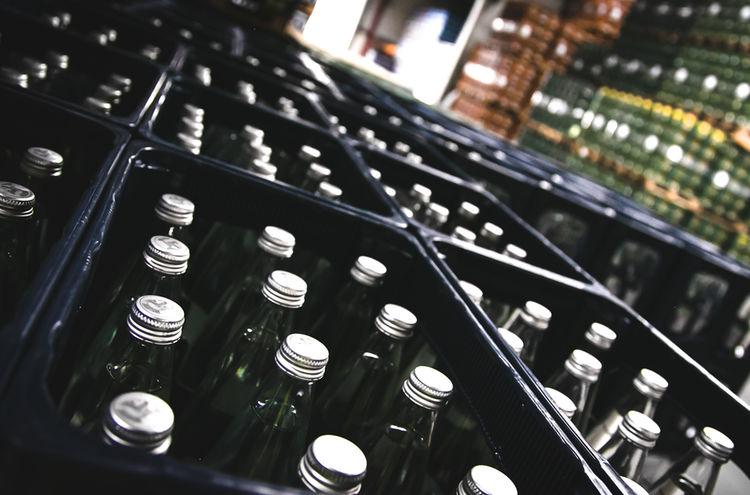 Flaschenkisten Lager