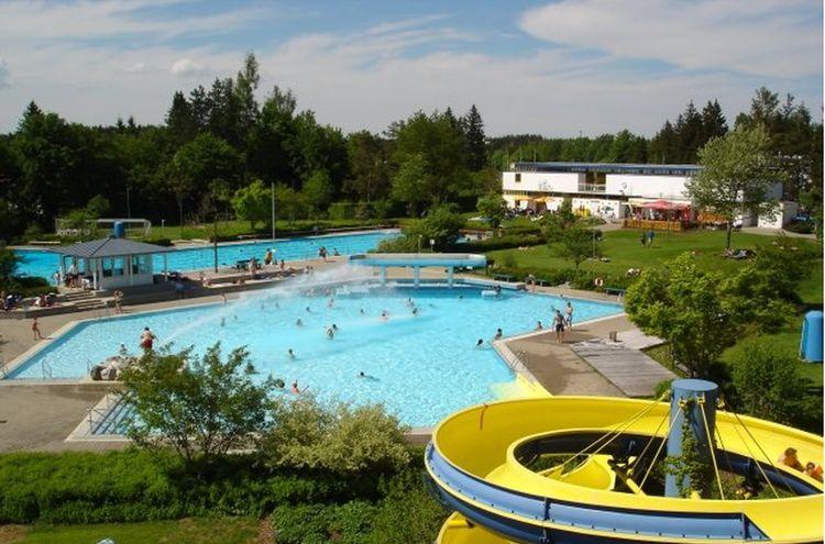 Freibad Traunreut 1