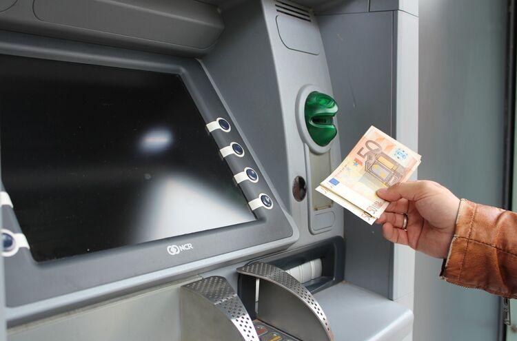 Geldautomat 1