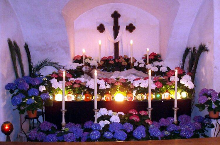 Heiliges Grab Rhall Zeno