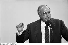 Helmut Kohl tot