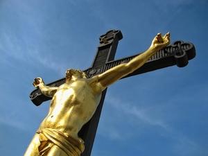 jesus-am-kreuz-symbolbild-2