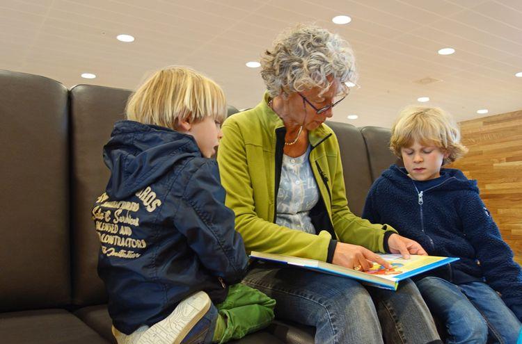 Kinder Lese