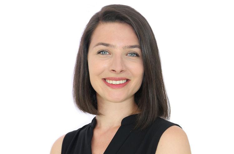 Larissa Schuetz 1000x667px