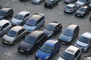 parkplatz-symbolbild