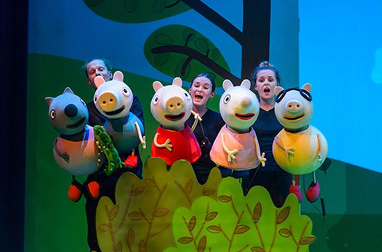 Peppa Pig Live Die Ueberraschungsparty 007 Copyright Theaterauftour Fotograf Wim Lanser