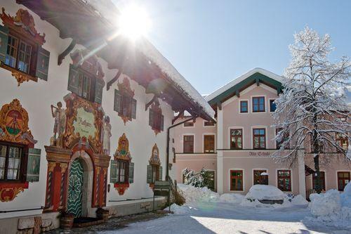 Ruhpolding Rathaus Und Alte Schule