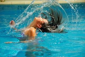 Schwimmbad_Symbolbild