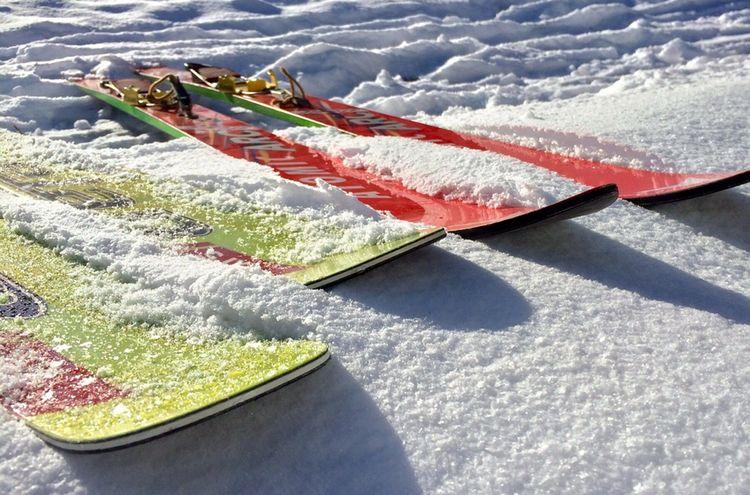 Skis 584600 1280