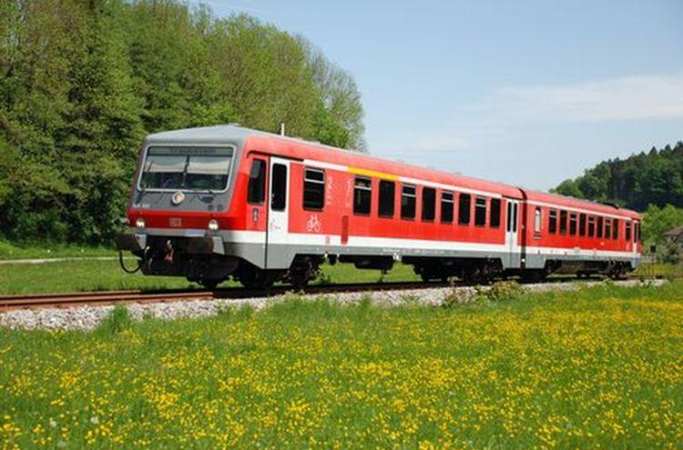 Suedostbayernbahn Sommer Waging Ts
