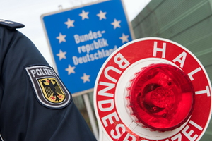 Polizeikontrolle an der Grenze
