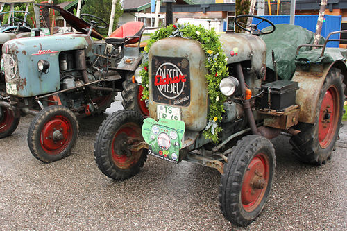 Traktor Inzell 750