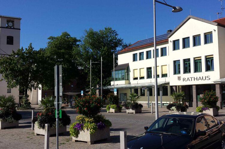 Traunreut Stadtplatz 1