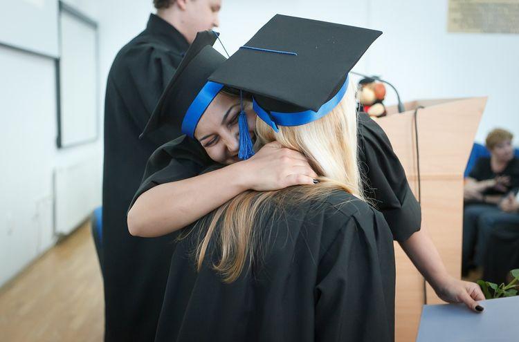 Universitaet Abschluss