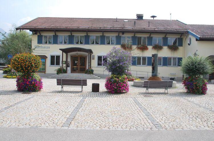 Unterwoessen Rathaus 2
