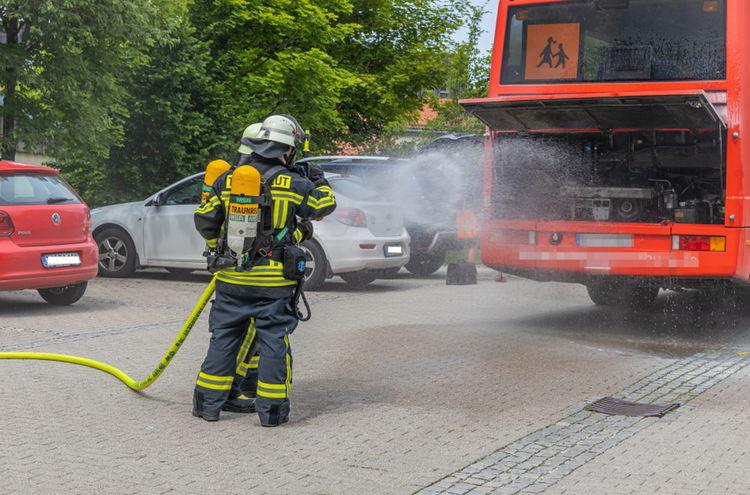 Vu Busbrand Traunreut 0003