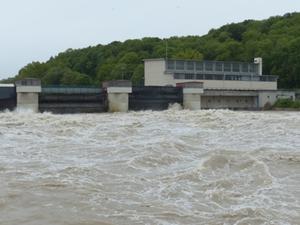 Wehr Wasserkraftwerk
