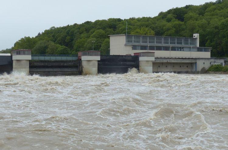 Wehr Wasserkraft