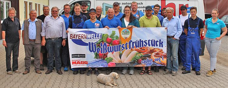 Bayernwelle Weißwurstfrühstück 16 Juni 2017 bei Hochwasserschutz Reitthaler  in Bergen