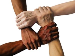 zusammenarbeit-symbolbild
